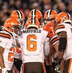 My quarterback . my team. Cleveland Browns History, Cleveland Browns Football, Ou Football, Football Helmets, Baker Mayfield Nfl, Browns Fans, University Of Oklahoma, Champs, Boomer Sooner