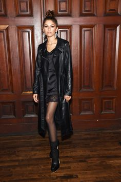 Zendaya Coleman Photos - Zendaya attends the Marc Jacobs Spring 2020 Runway Show at Park Avenue Armory on September 2019 in New York City. - Marc Jacobs Spring 2020 Runway Show - Arrivals Long Leather Coat, Leather Trench Coat, Fur Coat, Black Leather, Leather Jacket, Zendaya Coleman, Moda Zendaya, Marc Jacobs, Look Fashion