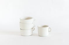 white, cups, mugs, ceramics, kitchen things, home goods