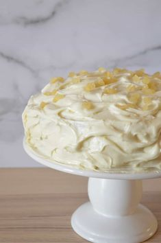 The BEST recipe for Limoncello cake ever! This recipe for Limoncello Ricotta Cake takes lemon cake to a new level with so much flavor. Don't miss this tasty Italian dessert recipe that's sure to be your new favorite for every occasion. Italian Cake, Italian Desserts, Lemon Desserts, Italian Recipes, Italian Foods, French Recipes, Italian Cookies, Delicious Desserts, Cupcakes