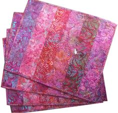Quilted Placemats in Shades of Pink Batik Fabrics by Sieberdesigns