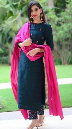Indian designer suits - Teal & Pink Cotton Straight Salwar Suit Teal Cotton Straight Festive Best Salwar Suit Collection On Casual Look Kurta Designs Women, Kurti Neck Designs, Kurti Designs Party Wear, Salwar Designs, Indian Kurtis Designs, Cotton Kurtis Designs, Plain Kurti Designs, Latest Salwar Suit Designs, Dress Indian Style
