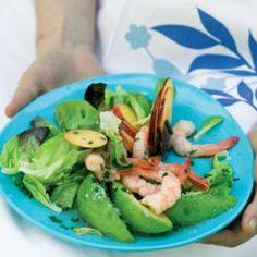 Avocado, nectarine, prawn and butter lettuce salad Prawn, Lettuce, Main Dishes, Avocado, Butter, Yummy Food, Fresh, Eat, Ethnic Recipes