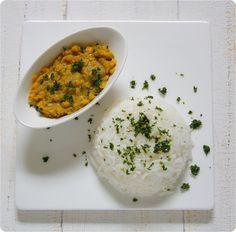 indisches Kokos-Linsen-Dal mit Basmati-Reis