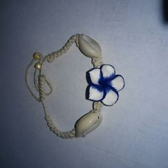 New friendship bracelet whit blue flower New Friendship bracelet  Flower  Blue white  Shells  Beads Jewelry