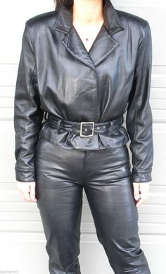 """Here is a gorgeous leather jacket and pant suit from FIRENZE and VERDUCCI - beautiful styling and fit. in rich deep black. VERDUCCI JEANS (6 ) Waist is 26"""" Hips 40"""" Inseam 30"""" - 5 pockets with front zipper and button. 