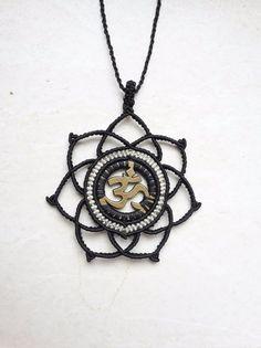 Charm- & Bettelketten - macrame makramee kette om charm hippie bronze goa - ein Designerstück von JustbeA bei DaWanda