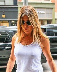 Nipshot Jennifer Aniston için resim sonucu