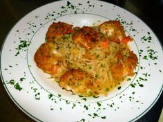 Okay.. getting to the good stuff.. Stuffed Shrimp Oreganato served over Linguine.. wow..