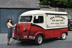 Tea Darling A really classy and adorable food truck! popuprepublic.com