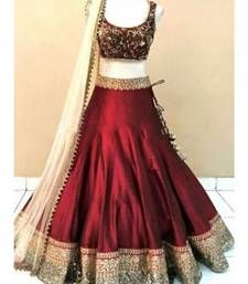 Maroon Colour Banglori Silk Fabric Party Wear Lehenga Choli Comes with matching blouse. This Lehenga Choli Is crafted with Embroidery,Lace Work This Lehenga Choli Comes with Unstitched Blouse Which Ca. Indian Lehenga, Half Saree Lehenga, Lehnga Dress, Lehenga Choli Online, Indian Gowns, Silk Lehenga, Indian Outfits, Lehenga Choli Designs, Mode Bollywood