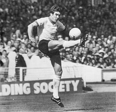 May Liverpool defender Emlyn Hughes in action against Manchester United in the FA Cup Final, at Wembley. Emlyn Hughes, Fa Cup Final, Liverpool Fc, Manchester United, Finals, The Unit, Football, Concert, 21st