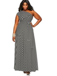 Cool Online Find : The Marilyn Convertible Dress When I first laid eyes on this design I thought the idea was absolutely marvelous. Who could imagine that one dress could be turn into so many...
