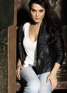 Fabulous at 40: Bubbly and vivacious Preity Zinta turns a year older - | Photo1 | India Today |