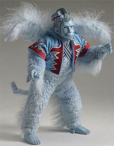 Wizard of Oz Winged Monkey Tonner Doll - Entertainment Earth Disney Dolls, Barbie Dolls, Dolls Dolls, Wizard Of Oz Dolls, Wizard Oz, Winged Monkeys, Monkey Doll, Broadway, Yellow Brick Road