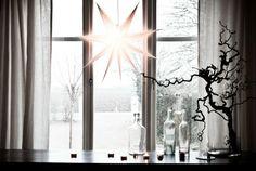 ideen Fensterdeko zu Weihnachten skandinavisch großer weihnachtsstern