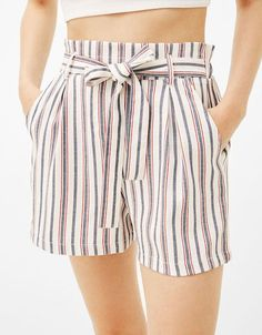 Bow Shorts, Cute Shorts, High Waisted Shorts, Tumblr Outfits, Chic Outfits, Fashion Outfits, Blouse And Skirt, Skirt Pants, Classic Wardrobe