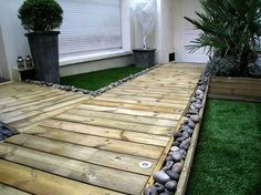 Pallet crafts and other wooden pieces are used to make the best things you can enjoy when you look at. Pallet pathway is a very intriguing and beautifying thing that you can enjoy when you walk on and looks pretty amazing when you have it in your house. This is just the best look.
