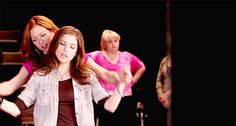 #bechloe Look at Fat Amy. She knows perfectly well what Chloe's doing