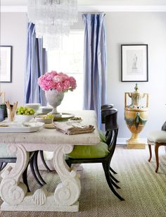 interior design/ curves and the colors of spring.