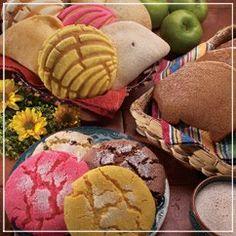 Recuerdos de la Familia: POSADA RECIPES Pink mexican cookies And many other yummy Mexican recipes! Mexican Bakery, Mexican Pastries, Mexican Sweet Breads, Mexican Bread, Real Mexican Food, Mexican Dishes, Mexican Food Recipes, Cookie Recipes, Mexican Desserts