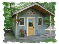 Absolutely adorable! http://www.superwoodworks.com/Projects/Shed.htm