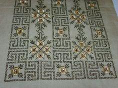 Cross Stitch Charts, Cross Stitch Patterns, Beaded Embroidery, Cross Stitch Embroidery, Hand Embroidery Design Patterns, Bargello, Hand Knitting, Needlework, Diy Crafts