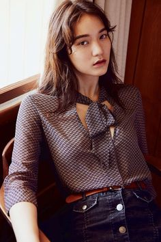 Kimchi Blue Olivia Tie Neck Blouse - Urban Outfitters