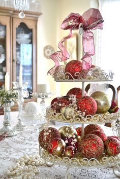 Christmas baubles!  ♥ ♥ www.paintingyouwithwords.com
