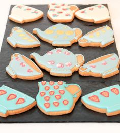 Biscuiteers Luxury Biscuits for Mother's Day - In The Playroom Cake Decorating For Kids, Treat Yourself, Family Meals, Playroom, Biscuits, Easy Meals, Corner, Treats, Snacks