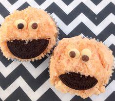 Cookie monster cupca
