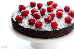 Flourless Chocolate cake recipe with only three ingredients is as easy to make as it sounds. The recipe only includes eggs, chocolate and butter. Food Cakes, Cake Recipes, Dessert Recipes, Flourless Chocolate Cakes, Chocolate Cake Video, Paleo Chocolate Cake, Flourless Desserts, Chocolate Videos, Dark Chocolate Cakes