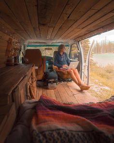 "4,948 Me gusta, 38 comentarios - WILDERNESS LIFESTYLE (@wildernesslifestyle_) en Instagram: ""Office on wheels by @j_bonde Express your love for the outdoors: #WildernessLifestyle"""