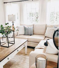 Crème witte bank, living room decor, home decor inspiration