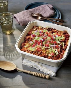 Southern cooks know casseroles are the secret to easy dinners, winning potluck dishes, and backup freezer meals. These seasonal recipes will keep your family full and happy every month this year. Whether you're in need of a cozy supper for a chilly … Potluck Dishes, Beef Dishes, Food Dishes, Main Dishes, Mexican Dishes, Mexican Food Recipes, Dinner Recipes, Fall Recipes, Mexican Meals
