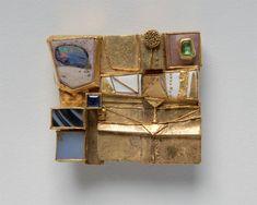 Hermann Jünger - Brooch (1969). Gold, emerald, sapphire, opal ...