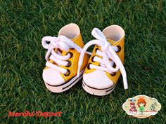 Converse amarillas Baby Shoes, Converse, Kids, Clothes, Fashion, Yellow, Sports, Crafts, Children