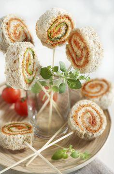 Wist je dat je van brood ook lolly's kan maken? Probeer dit lekkere hartige recept eens.