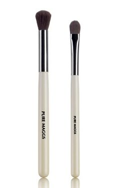 Eyeshadow Makeup Brush - Perfect Pair of Tools for Glamorous Eye Makeup Styles - Stays in Shape Easy to Maintain - Buy Two for the Price of One Pure Maggs Beauty http://www.amazon.com/dp/B0118IHZZK/ref=cm_sw_r_pi_dp_LEfZvb08TG5T5