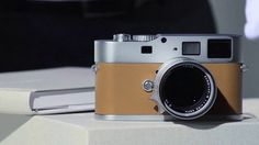 The Unboxing of the Leica M9-P »Edition Hermès«