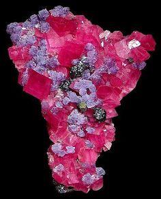 Rhodochrosite with Fluorite / Mineral Friends