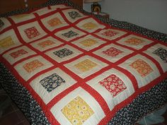FLORAL SQUARES   Queen Size Bed Quilt.  Machine Pieced, Hand Quilted.  QUILTS BY MARISELA