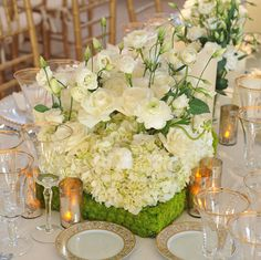 #SpringCenterpieces: Today, I'm sharing six ideas suited for the season. Click the photo to see a few ideas and be sure to share which ones you like/dislike. For more inspiration, visit our website. PrestonBailey.com #PrestonBailey #Decor #Centerpieces #EventPlanning