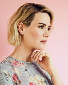 """The 41-year-old star of the """"The People v. O.J. Simpson"""" may be in love with the actress Holland Taylor, but don't label her sexuality."""