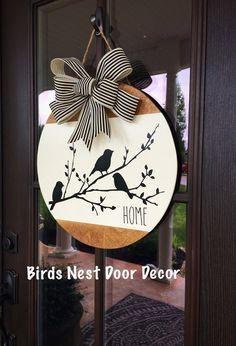 Wooden Door Signs, Diy Wood Signs, Painted Wooden Signs, Hand Painted, Fall Crafts, Holiday Crafts, Arte Pallet, Fall Door Hangers, Christmas Door Hangers