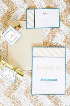 Sweet but chic invites for a NYE celebration. Photography By / http://scottandrewstudio.com/