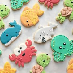 Can't get enough of this set! Thank you for sharing this your work with us Summer Cookies, Cookies For Kids, Fancy Cookies, Cute Cookies, Cupcake Cookies, Cupcakes, Whale Cookies, Fish Cookies, Iced Cookies