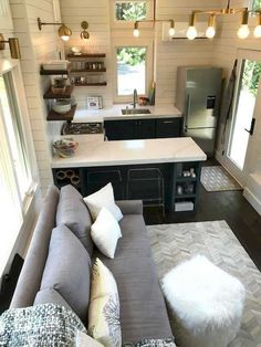 Perfect Tiny House Bathroom Design Ideas 11 Nowadays flats and home are built quite small, which includes a tiny bathroom, unlike our parents or grandparents used to … Home Design, Tiny House Design, Home Interior Design, Design Ideas, Interior Ideas, Design Design, Interior Modern, Tiny Bathrooms, Tiny House Bathroom