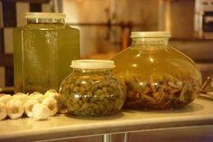 How to Make Seasoned Olive Oil