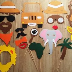 Accessoires photobooth x19 thème safari , savane mariage, anniversaire ... - Un grand marché Jungle Party, Safari Party, Safari Theme, Jungle Safari, Jungle Theme, Lion Birthday, Birthday Party At Home, Birthday Party Themes, Safari Decorations
